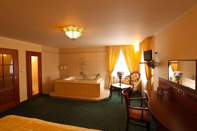 Castle Suite